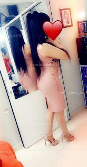 Naily lovesita escorte massage