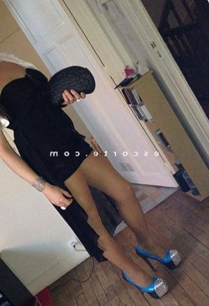 Haydee escorte girl massage tantrique à Ostricourt
